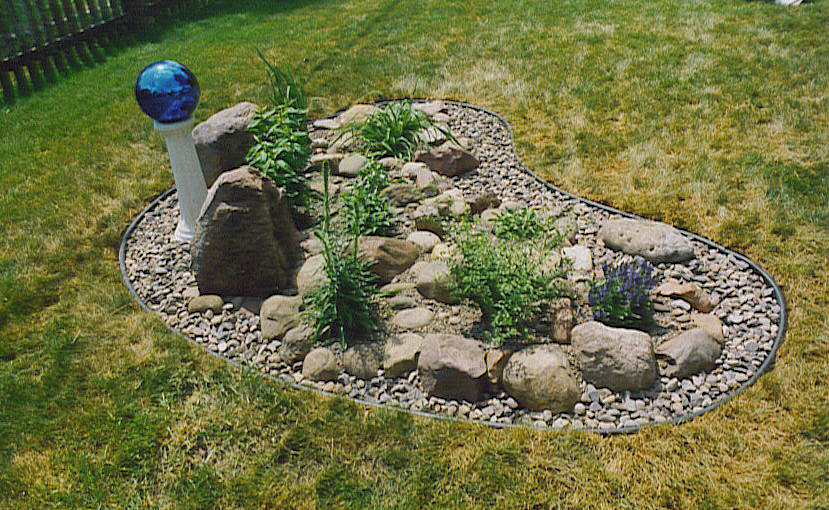 Rock garden construction wiltrout nursery chippewa for Small rock garden designs